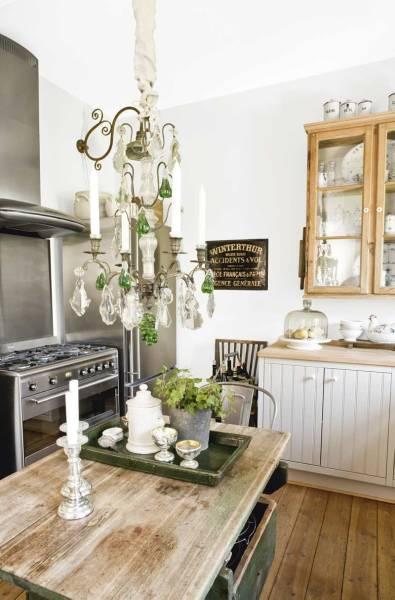 Elegantly Rustic Kitchen